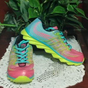 Like New Aleader Women's Bright Sneakers Shoes
